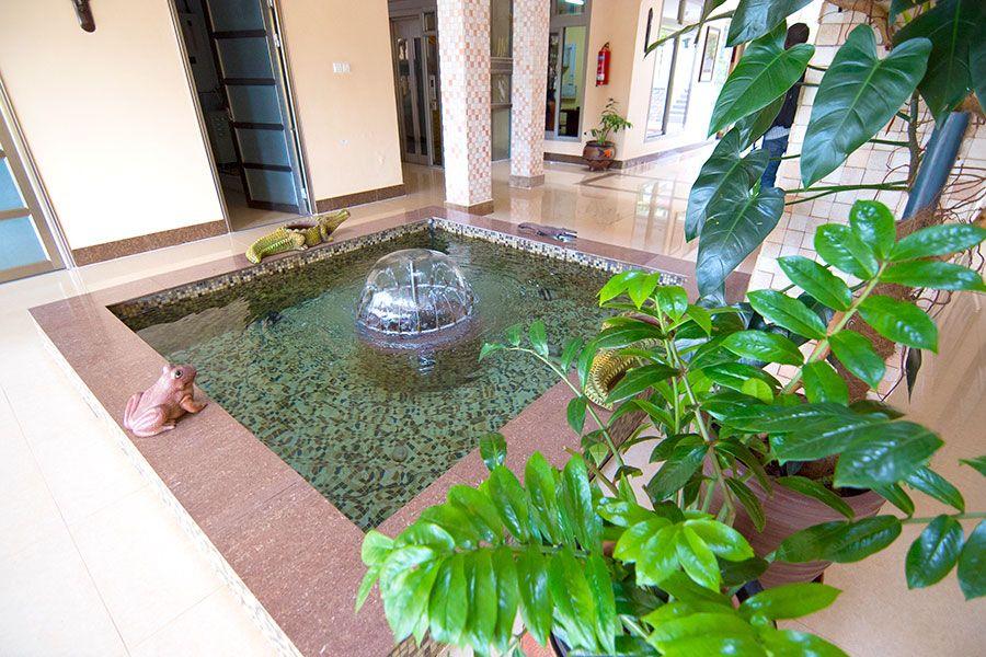 Naguru ViewPointe Apartments Water Fountain