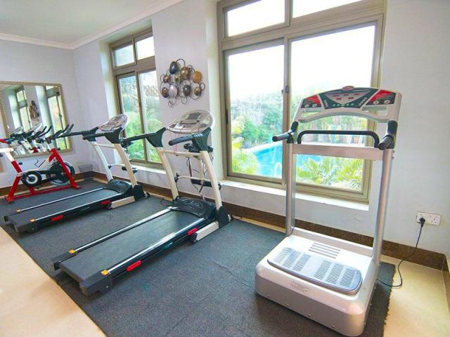 Gym Naguru ViewPointe Apartments